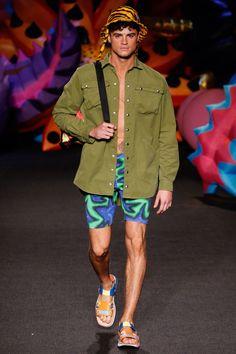 Moschino - Spring 2017 Menswear