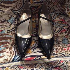 Patent Leather Guess Heel