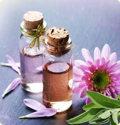 No post anterior foram apresentados os óleos essenciais considerados mais femininos. Aqui se seguem algumas receitas para você desfrutar ...
