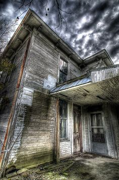 Beautiful Abandoned House | See More Pictures | #SeeMorePictures