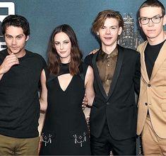 Dylan et al. Maze Runner Cast, Maze Runner Movie, James Dashner, Teen Wolf Stiles, Sterek, Thomas Brodie Sangster, Dylan O'brien, Tbs, Films