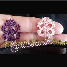 Eliminate the page. - Jewelry World Crochet Edging Patterns, Baby Knitting Patterns, Spring Tutorial, Needle Lace, Crochet Gifts, Beading Tutorials, Crochet Flowers, Elegant, Diy And Crafts