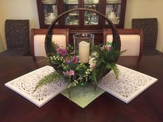 Create this gorgeous table centerpiece with products from www.signaturehomestyles.biz/klehman