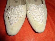 Vintage Pumps - Schuhe*Vintage*creme*Perlen*38* - ein Designerstück von SweetSweetVintage bei DaWanda