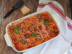 Lihapulla-pastavuoka | Peggyn pieni punainen keittiö | Bloglovin'