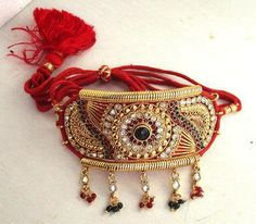 Adorn your arms with lovely Bajuband! Like it?