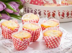 Vanillepudding-Muffins Vanille Muffins, Nutella Muffins, Kiss The Cook, Pudding, Mole, Scones, Sweet Recipes, Cupcakes, Food And Drink