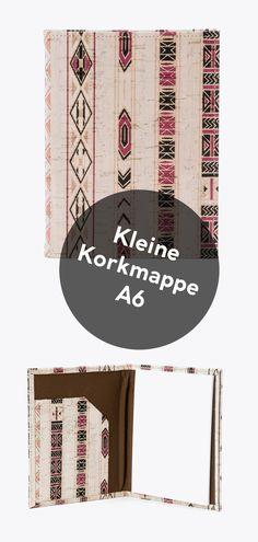 Diese kleine Korkmappe ist 100% natürlich, mit Ethnic-Muster! Magazine Rack, Vegan Products, Vegan Fashion, Fanny Pack, Stationery Set, Handmade, Patterns