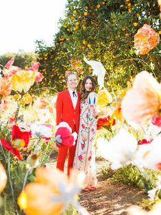 一場夢幻的婚禮該是什麼模樣?相信許多女孩腦海中的畫面都出現了嬌嫩欲滴的鮮花吧!不過鮮花可不便宜,要達到理想中的夢幻效果,