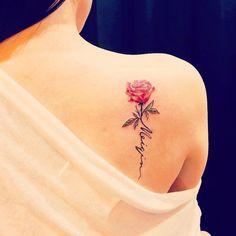 Ideas for tattoos for women. Idee per tatuaggi per donne. Ideas for tattoos for women. Rose Stem Tattoo, Rose Tattoo With Name, Flower Tattoos With Names, Rose Tattoo On Back, Sweet Tattoos, Mom Tattoos, Body Art Tattoos, Cute Tattoos, Baby Name Tattoos