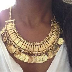 """Coin Bohemian Necklace ➖ Style: Boho bronzed gold tone coin necklace. Wear this charmer to the beach, on vacation, or dressed up! ➖ Length: 18"""" ➖ Extender: 2"""" ➖ Material: Tarnish Resistant Alloy Metal   All measurements are by hand & therefore only approximations.  All sales final. No refunds/returns/exchanges.  Please ask questions prior to purchasing.   Thanks for visiting & Happy Poshing!  ❌ Sorry, No Trades ☑️ Boutique Prices are Firm ☑️ Bundle to Save  Statement • Delicate • Daint"""