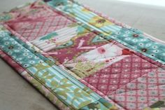 2 mini quilts from one charm pack -- Sew Lux Fabric : Blog: Charm Pack Mini Quilt Tutorial #2
