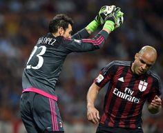 Engelske klubber er interesserede i De Jong og Diego Lopez!