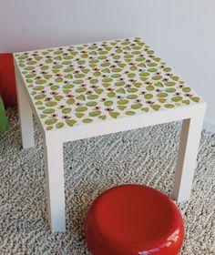 <p>Un sticker original, aux dimensions adaptées, pour venir relooker et personnaliser la table Lack d'Ikea !<br><br />Ne laissent pas de traces au mur. A appliquer sur une surface lisse et propre. <br />Faciles à poser grâce à un transfert transparent. Fournis avec une notice de pose. <br /> Fabriqué en France.<br />