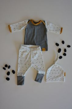 Check out this item in my Etsy shop https://www.etsy.com/listing/267710640/baby-boy-coming-home-outfit-hospital