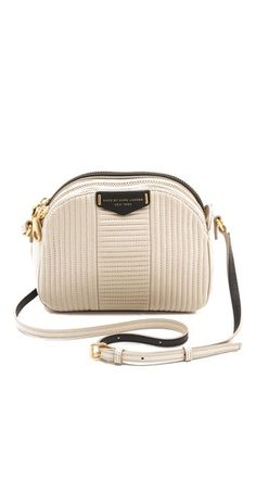 This Marc Jacobs bag is way too cute!