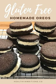 You don't have to feel guilty about eating oreos with this recipe! These gluten-free, sugar-free oreos are the keto-approved version, and even better than the store-bought cookie! Enjoy this healthy snack with none of the guilt! Homemade Oreo Cookies, Oreo Cookie Recipes, Keto Cookies, Cake Recipes, Vegan Recipes, Sugar Free Oreos, Sugar Free Desserts, Low Carb Desserts, Gluten Free Snacks