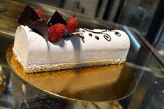 nové zákusky z cukrárny Moje cukrářství Cake, Desserts, Food, Pie Cake, Tailgate Desserts, Pastel, Meal, Cakes, Deserts
