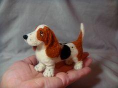 Laurie Valco -- Needle Felted Basset Hound dog | Flickr - Photo Sharing!