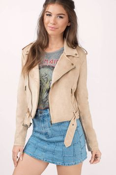 Warm up with the Ride On Faux Suede Moto Jacket. Featuring a fitted moto style jacket and faux suede. Pair with denim and a easy tee. - Fast & Free Shipping For All Orders!