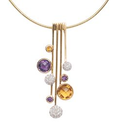 A modern amethyst citrine pendant with necklace    14 ct. roségold. The pendant with 4 moveable adjusted bars, decorated with 3 amethysts and 2 citrines in round shaped faceted cut and with 3 white gold-cushions, trimmed with 54 small round cut diam. in total c. 0,45 ct. H-I.vsi-si. Pendant 53 x 22 mm, necklace 18 ct. yellow gold l. 42 cm, weight c. 18 g.
