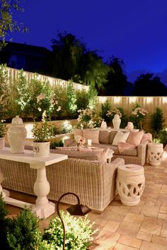 45 Backyard Patio Ideas That Will Amaze & Inspire You - Pictures of Patios Brilliant backyard ideas diy patio diy patio ideas Diy Patio, Backyard Patio, Backyard Landscaping, Landscaping Ideas, Backyard With Pool, Romantic Backyard, Paving Ideas, Luxury Landscaping, Landscaping Company