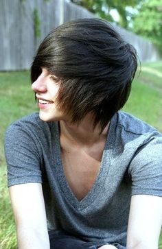 Emo Hairstyles for Trendy Guys – Emo Guys Haircuts - Meine Frisuren Braided Hairstyles Updo, Emo Hairstyles For Guys, Emo Haircuts, Scene Haircuts, 2015 Hairstyles, Updo Hairstyle, Braided Updo, Wedding Hairstyles, Medium Scene Hair