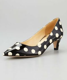 Low-Heeled Shoes
