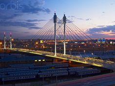 Nelson Mandela Bridge (Johannesburg, RSA)