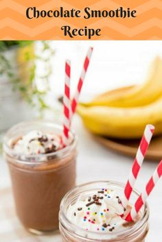 A thick & creamy chocolate milkshake that's healthy enough for breakfast! Chocolate Smoothie Recipes, Chocolate Banana Smoothie, Chocolate Banana Bread, Healthy Banana Bread, Chocolate Milkshake, Healthy Chocolate, Cake Chocolate, Banana Recipe Moist, Banana Recipes