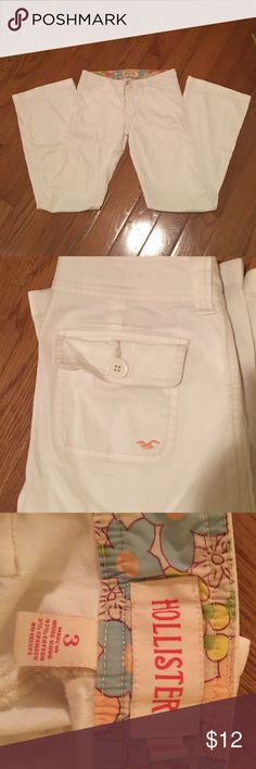 White Hollister Jeans Juniors Hollister white jeans! Size 3 Juniors! No trade! Hollister Jeans Boot Cut