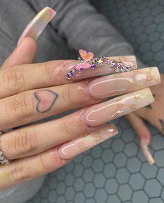Best Acrylic Nails, Bling Acrylic Nails, Aycrlic Nails, Oval Nails, Bling Nails, Acrylic Nail Designs, Sexy Nails, Manicures, Long Stiletto Nails