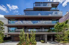 住宅 | UDS株式会社 Hotel Architecture, Minimalist Architecture, Green Architecture, Architecture Design, Building Elevation, Building Facade, Building Design, House Outside Design, Residential Complex