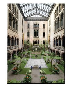 Courtyard of the Isabella Stewart Gardner Museum in Boston, Massachusetts. The Places Youll Go, Places To Go, Gardner Museum, Riad Marrakech, Boston Museums, Patio Interior, To Infinity And Beyond, Vermont, New England