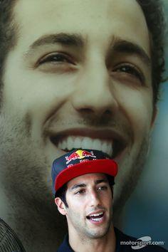 Daniel Ricciardo, Red Bull Racing Test Driver at Hungarian GP High-Res Professional Motorsports Photography Ricciardo F1, Daniel Ricciardo, Behind Every Successful Man, F1 2013, Bulls Team, Red Bull Racing, F1 Drivers, Lewis Hamilton, Sports Stars