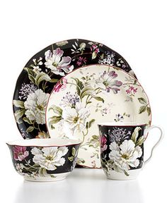 So, I'm girlie.  I just love this dinnerware set.  It's bold and delicate at the same time.  Anyone who wants to get it for me, feel free any time.