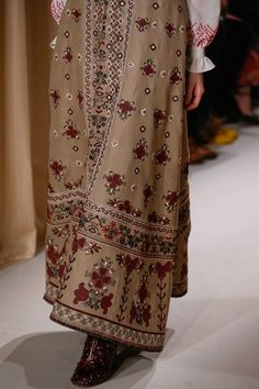 See detail photos for Valentino Spring 2015 Couture collection.