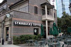 6 Reasons Starbucks is Better Than Dunkin'