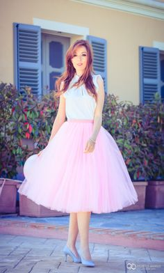 tulle skirt| Rita and Phill specializes in custom skirts. Follow us for more inspiration and ideas on the latest skirt fashion! https://www.pinterest.com/ritaandphill/tulle-skirts/