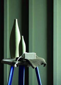 Couleurs Sage Green / Mambo – Little Greene - Marie Claire Maison Colour Schemes, Color Trends, Colour Combinations, Little Greene Farbe, Peinture Little Greene, Sage Green Paint, Bleu Celadon, British Paints, Little Greene Paint Company