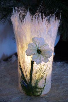 Kerzengläser umfilzt, Filzen, filzen.Umfilztes Glas ergibt ein stimmungsvolles Windlicht.