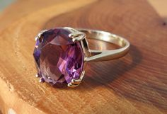 Vintage 9k yellow gold amethyst ring by Timehonouredtreasure