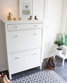 Ikea 'Hemnes' shoe cabinet. Narrow enough for bedrooms and hallway!?