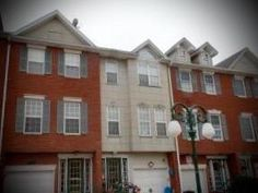 31 Galvaston Loop is our Daily Sold Home today! This two family attached townhouse is located in LaTourette. It has three bedrooms and two bathrooms. It was sold by Susan Petralia Frazier and Geralyn Petralia Liverani for $450,000! http://www.realestatesiny.com/#RealEstateSINY #StatenIsland #NewYork #DailySoldHome #RealEstate #Sold #LaTourette