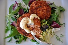 My Carolina Kitchen: Salmon cakes with wasabi mayonnaise - a delicious twist on crab cakes Salmon Recipes, Fish Recipes, Seafood Recipes, Healthy Recipes, Delicious Recipes, Asian Appetizers, Yummy Appetizers, Salmon Cakes, Crab Cakes