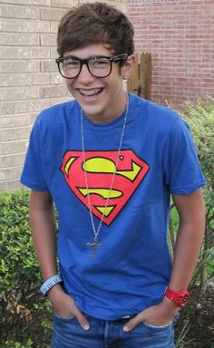 Some girls fall for guys with great hair, lots of mussel or tons of money but I would trade all of that for a guy who plays video games, loves superheroes, has glasses and lots of love to spare! :) <3 This is the perfect guy ;)