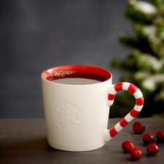 Candy Cane Mug, 12 fl oz. 10,90 € at StarbucksStore.com