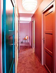 couleur les nouvelles gammes de peinture castorama halls d 39 entr e couloir blanc et gris. Black Bedroom Furniture Sets. Home Design Ideas