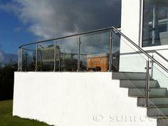 galss balustrate step Garden Fences, Sloped Garden, Glass Balustrade, Curved Glass, Stairs, Landscape, Plants, Image, Ideas