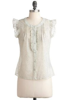 Love the little ruffly sleeves.  Poppy Seed Pretty Top, #ModCloth